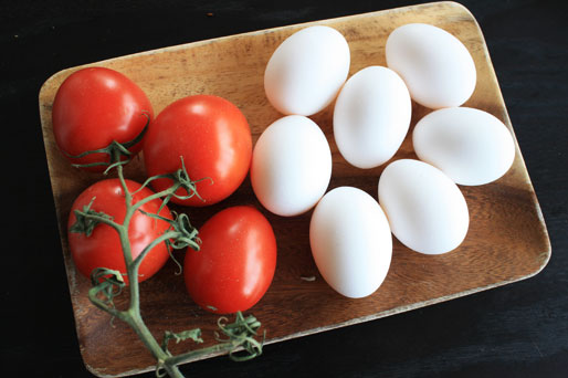 tomatoes and eggs