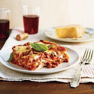 classic-lasagna-bolognese-light